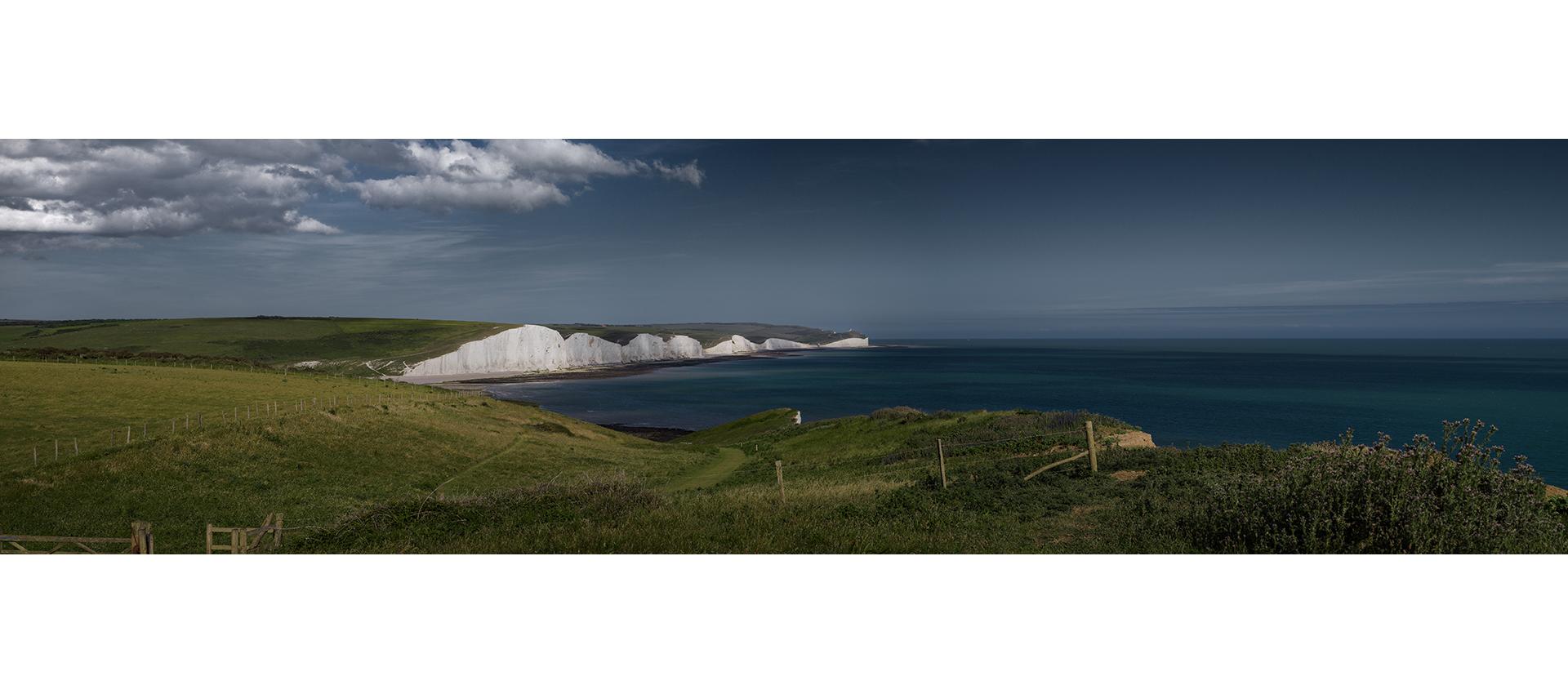 Panoramique falaises calcaires sud de l'Angleterre