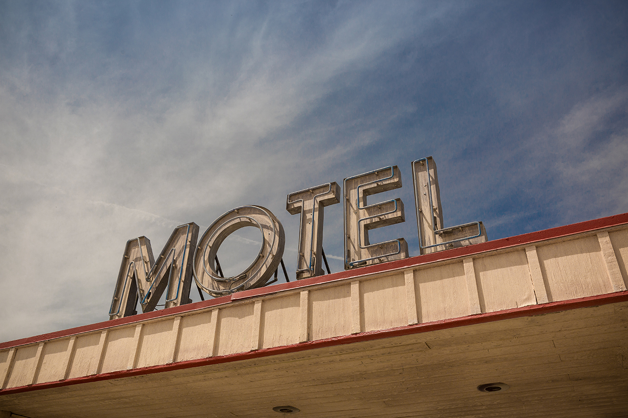 Motel California©antoninbonnet